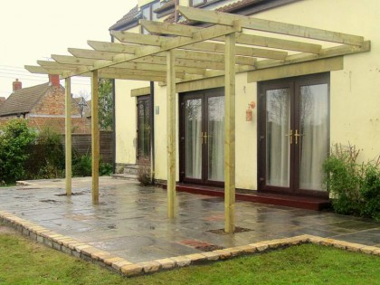 Raised paving & pergola