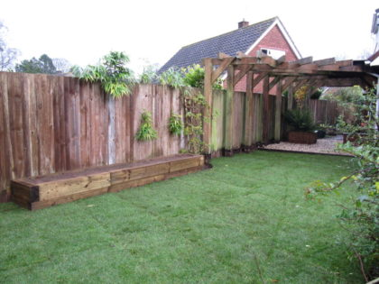 Lawn, Raised Bed and Gravelled Area, Failand